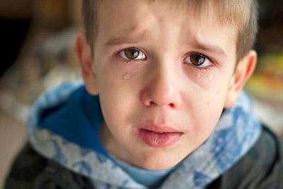 Мальчик без родителей