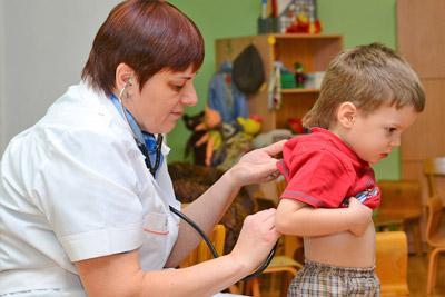 Медицинский осмотр в детсаду