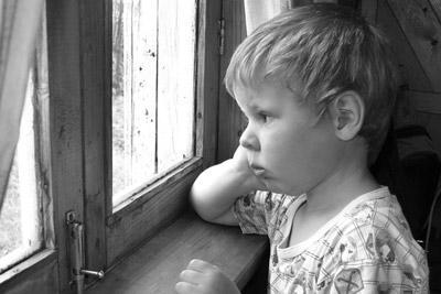 Ребенка забрали из неблагополучной семьи