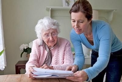Заключение договора по уходу за пожилым человеком