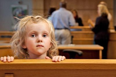 Девочка в суде