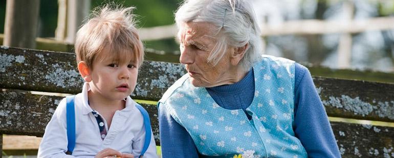 Опекунство над ребенком при живых родителях