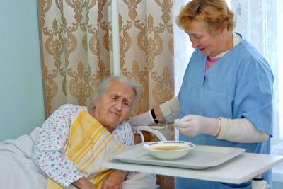 Оказание патронажа престарелым