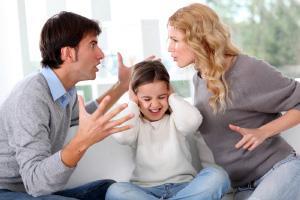 Родители делят имущество