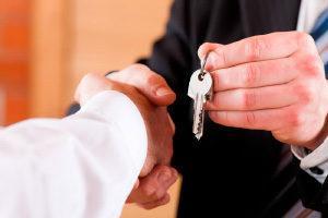 Передача жилья в счет алиментов