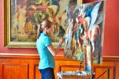 Занятие живописью
