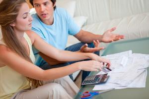 Бывшие супруги делят имущество