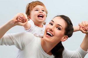 Жена с ребенком