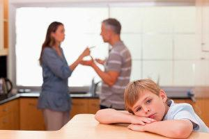 Отец не выплачивающий алементы