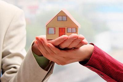 Супруги собственники дома