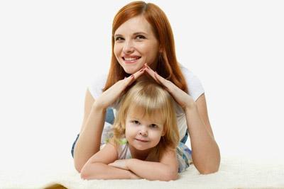 Родители защищают ребенка