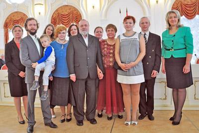 Многодетная семья а адинистрации города СПб