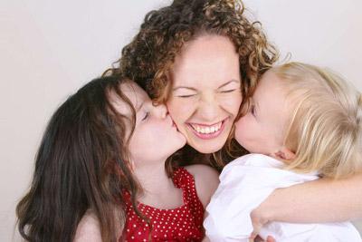 Дети с мамой