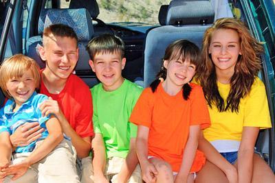 Многодетная семья с авто
