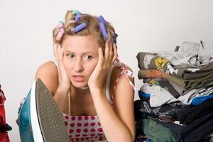 Жена за домашней работой
